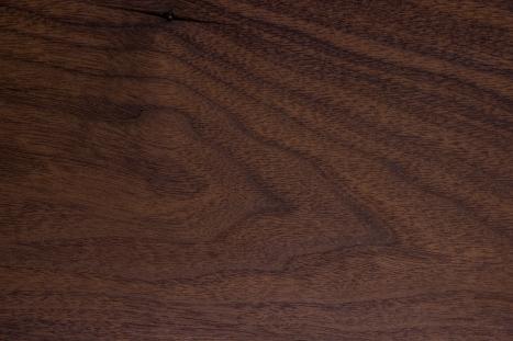 NUssbaum, Amerikanischer Nussbaum, Black Walnut, Walnuss, Holz, Massivholz, Edelholz, Baumkante, Waldkante, Naturkante, Bohle, Kernbohle, Monolitplatte, Holzplatte,  Möbel auf Maß, Tisch auf Maß, Kommode auf Maß, Regal auf Maß, Möbelloft, Moebelloft, NRW