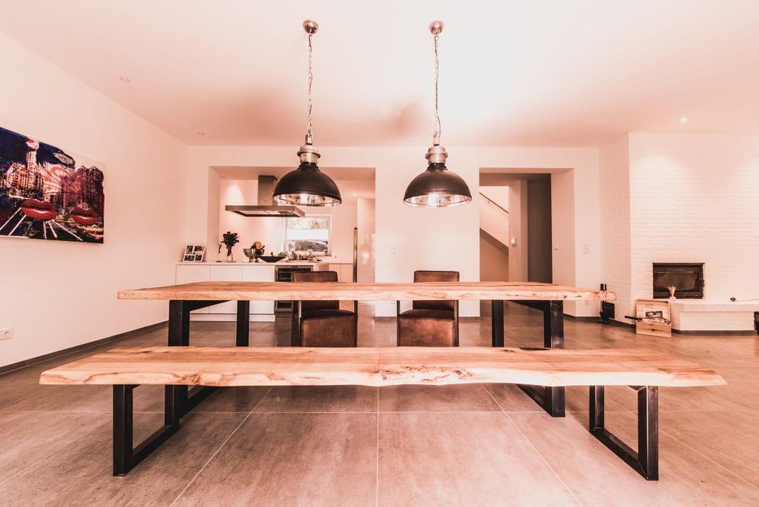 Maßgefertigte Designer Bank aus Holz