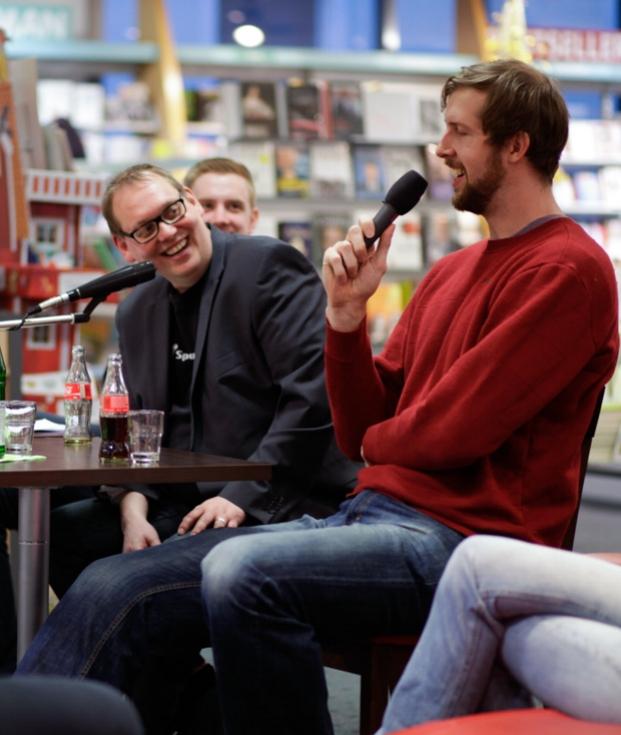 Nick Schneiders - mit 2,21 Metern Körperlänge ist der Paderborner Basketballer Deutschlands zweitgrößter Mensch