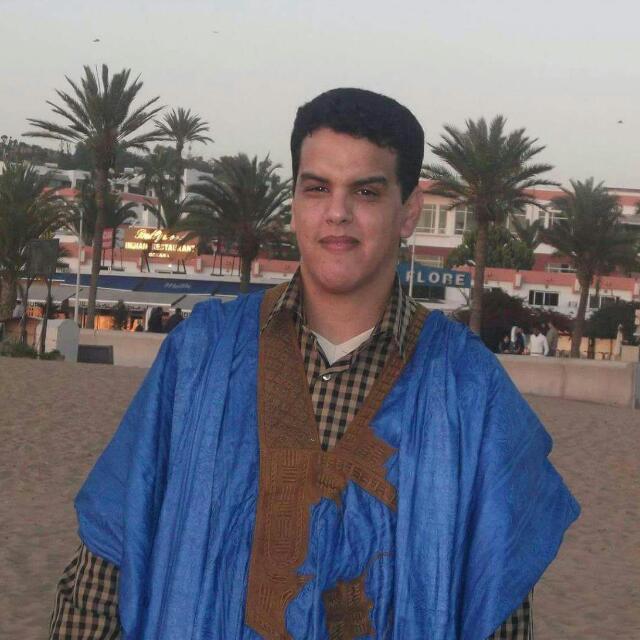 Abdullah Scheikhna - der Paderborner fährt gerne mal mit dem Auto in sein Heimatland Mauretanien; meist braucht er dafür fünf Tage