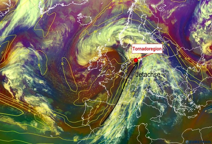 Abb. 2 | Dieses Satellitenbild (Airmass) vom 05.05.2015 um 18 UTC zeigt die Lage der Tornadoregion im Bezug auf den Jetstream. | Bildquelle: EUMeTrain