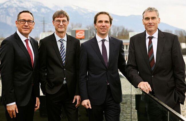 Gebrüder Weiss Management Board (left to right): Jürgen Bauer, Peter Kloiber, Wolfram Senger-Weiss (Chairman) and Lothar Thoma. Image: Gebrüder Weiss / Gnaudschun
