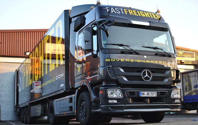 Sovereign trucks and sprinters cross the channel 10 times each night in average, supplying goods to British customers  -  photos: courtesy Sovereign Speed