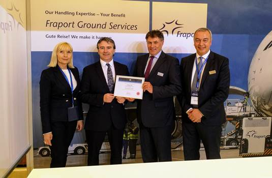 Received the CEIV Certification in Doha (left to right): Brigitte Press, Fraport  /  Nick Careen, IATA  /  Martin Bien and Carlos Cardiga, both Fraport  -  Pictures: FRA