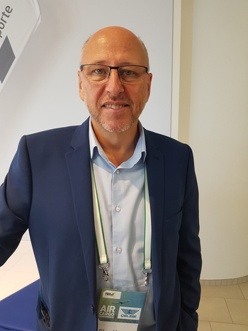 Air freight delivers more value than tourism, but needs to communicate its services and achievements much better, urged TIACA's Glyn Hughes  -  photo: hs/CFG