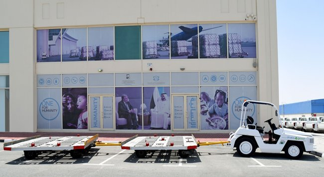 dnata donated a cargo towing tractor and two 10ft pallet trollies to the IHC. Image: dnata