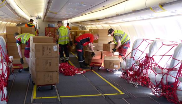 Loading a Finnair Preighter. Image: airportcollege.com