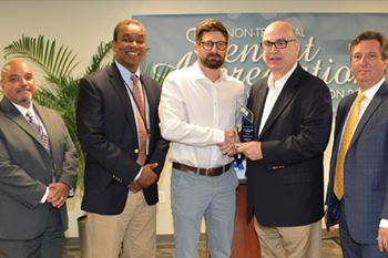 WFS earns 'Cargo Handler Of The Year' Award in MIA for third year in-a row  -  courtesy¨WFS