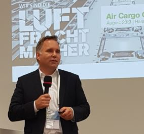 A dedicated pan-European e-commerce network could be a reaction to the advance of Amazon and Alibaba, indicated Frankfurt's Air Cargo Community Chairman and LH Cargo Head of Ops, Harald Gloy  -  photo: hs.