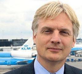 Eric Varwijk has quit AF-KL Cargo  /  company courtesy