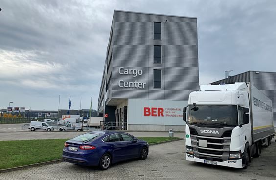Moving into the new BER Cargo Center. Image: BER Airport
