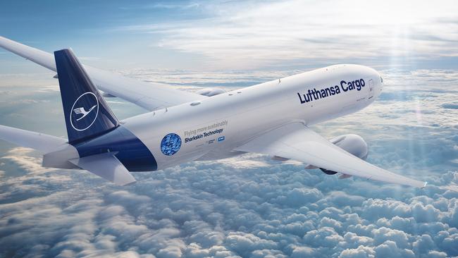 Lufthansa Cargo B777F demonstrating the sharkskin foil – courtesy LCAG
