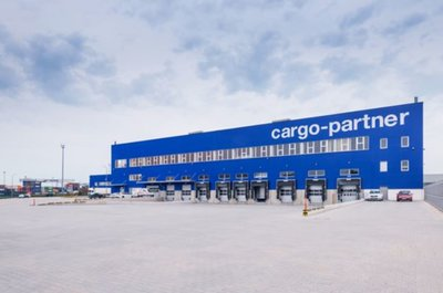 Automotives in focus in Slovakia. Image: cargo-partner