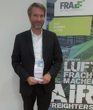 Joachim von Winning, Managing Director of the 'Air Cargo Community Frankfurt', was happy to welcome more than 100 attendees despite the ongoing pandemic  -  photo: CFG / hs