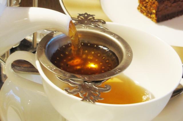 お茶で新型コロナ無害化