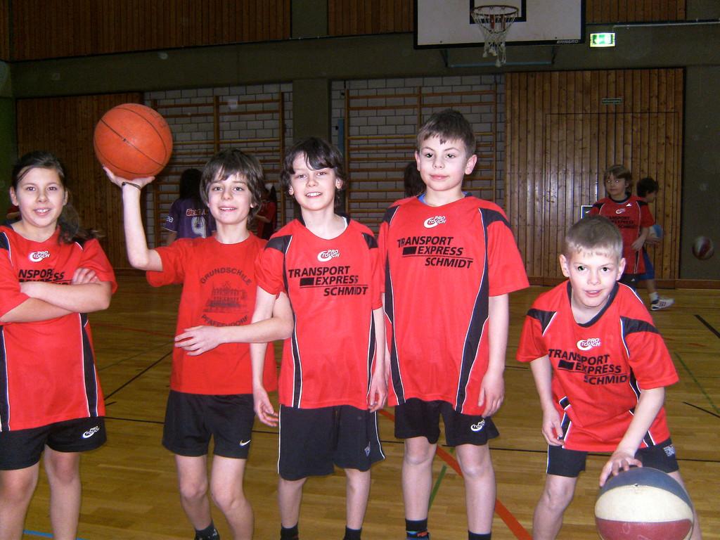 Auch die Jungs übten ihre Ballkünste...