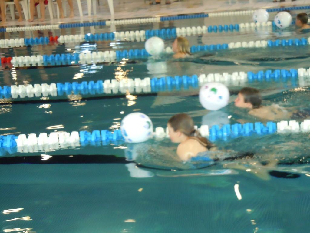 ...wenn der Ball erst mal an der Leine schwimmt, ist er kaum noch wegzukriegen...