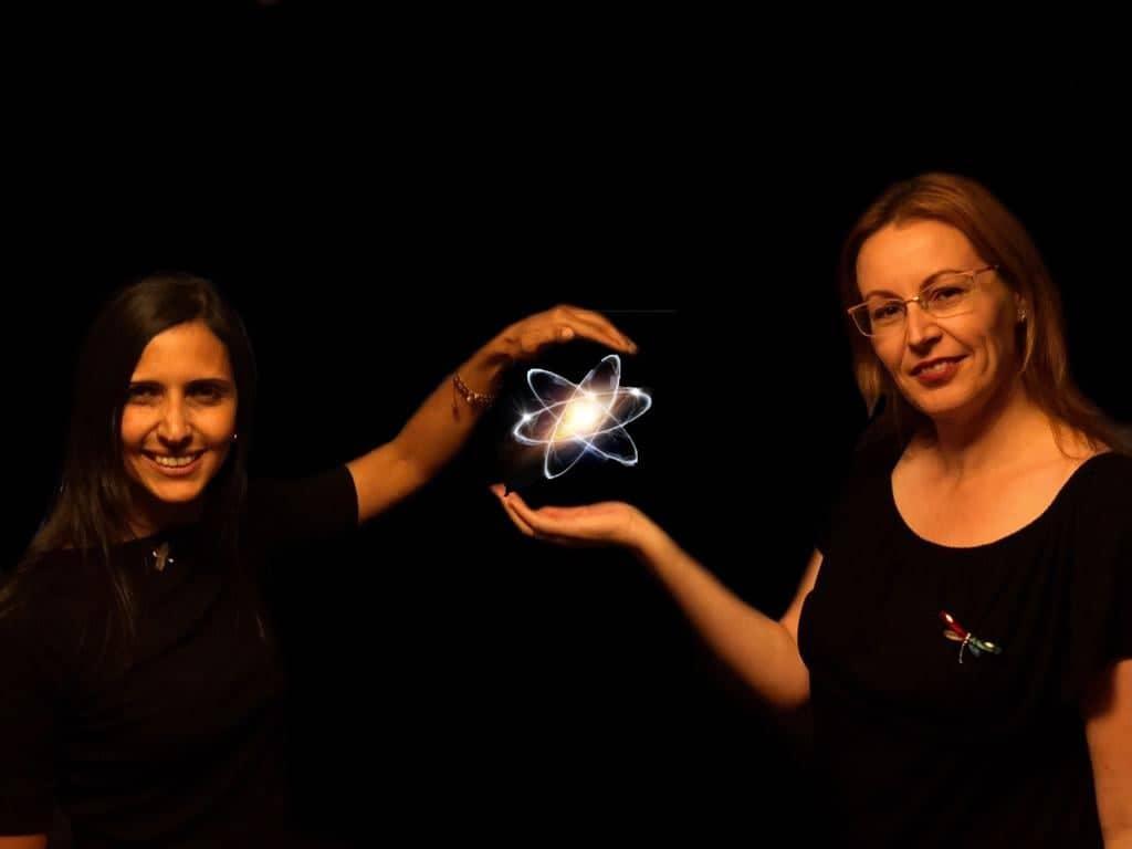 Clara Fernández und Yesenia Garcia