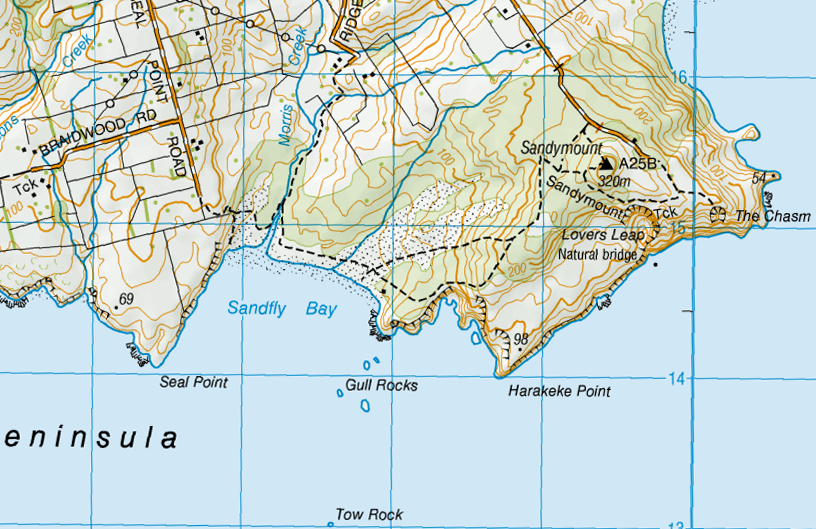 Sandfly Bay funnels the south-westerly sand-dumping swell and sand-shifting gales (NZ Topo Map)