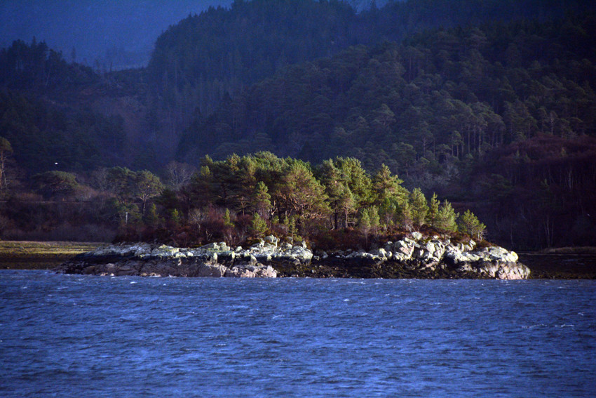 The scurrying sun on the Eilean an t-Srathaidh near Port Ban between Plockton and Portneora.