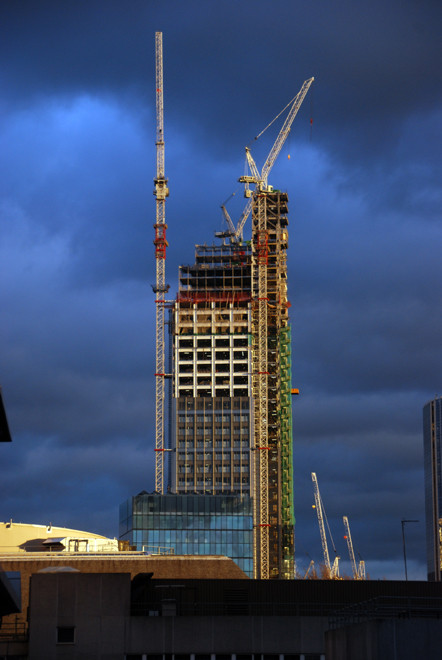 The Heron Tower at 110 Bishopsgate under construction in the City of London, 2009.