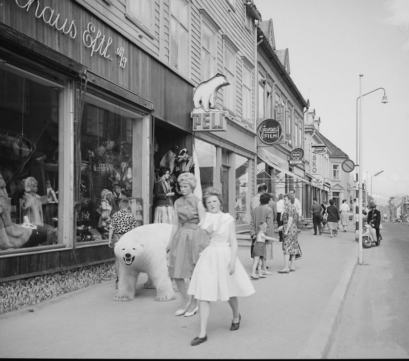 The Paris of the North: Tromsø in the late 1950s  (National Library of Norway)