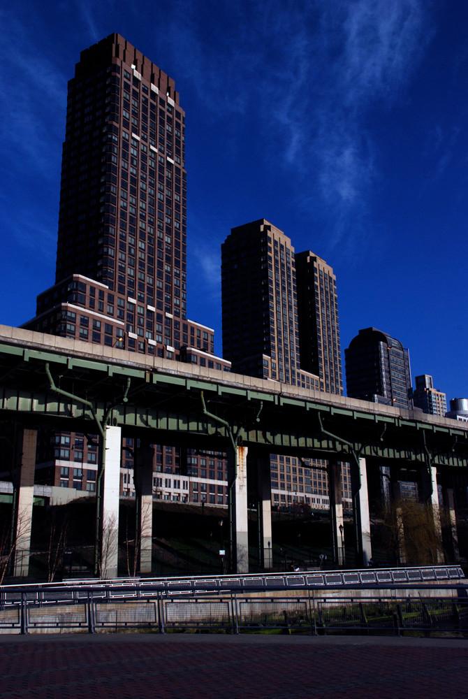 Trump Towers, 180 Riverside Boulevard