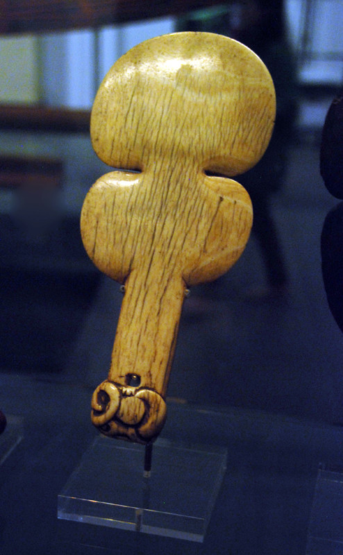 Maori bone or ivory club/patu, Auckland Museum.