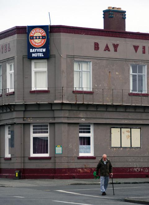 he Bay View Hotel, Bluff, NZ.