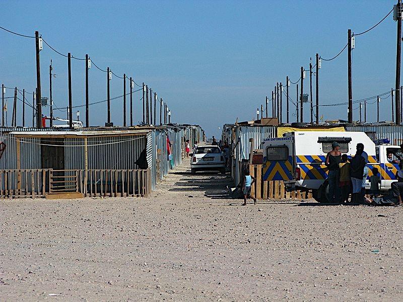 'Blikkiesdorp' Temporary Relocation Area (courtesy frombelow at Wikipedia: Blikkiesdorp)