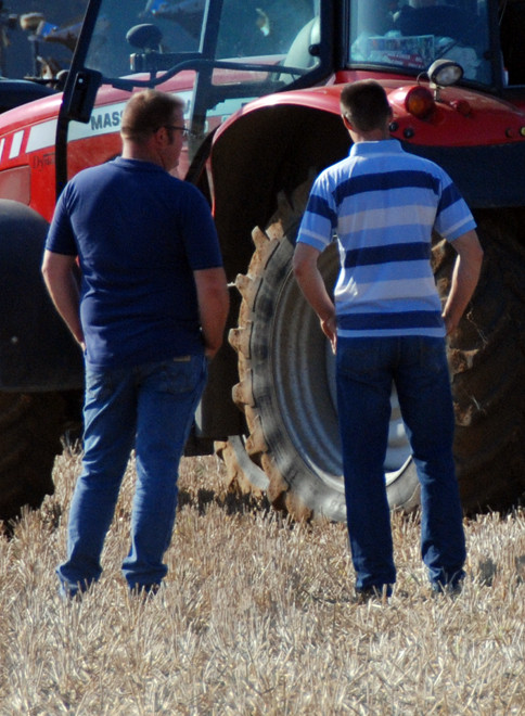 I've never seen so many blokes with their hands in their pockets looking at machinery (East Kent Ploughing Match 2011).