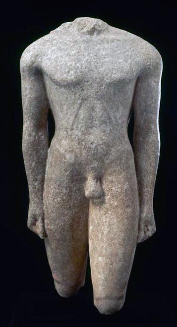 Actium kouros C.550 BC Marble (Louvre Museum, Paris)