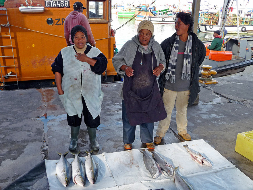 Fish sellers at Kalk Bay (Courtesy of Octagon@wikimedia)