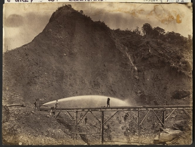 Creator unknown : Photograph of gold sluicing at Greenstone, West Coast. Ref: PAColl-9601. Alexander Turnbull Library, Wellington, New Zealand. http://natlib.govt.nz/records/23031608