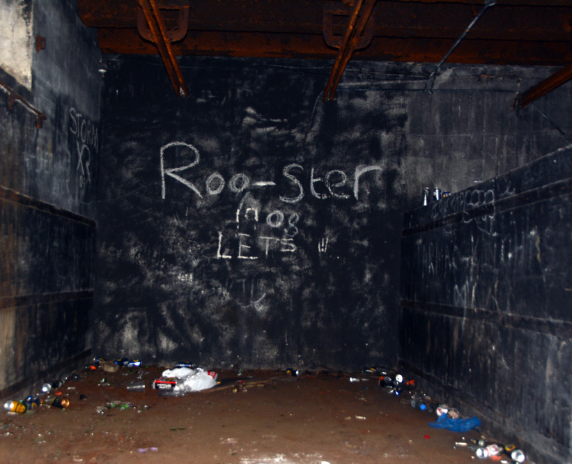 Roo-ster: the left-hand side of the right tunnel depot.