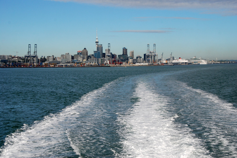 Auckland harbour and CBD skyline from the ferry to Tiritiri Ritangi.