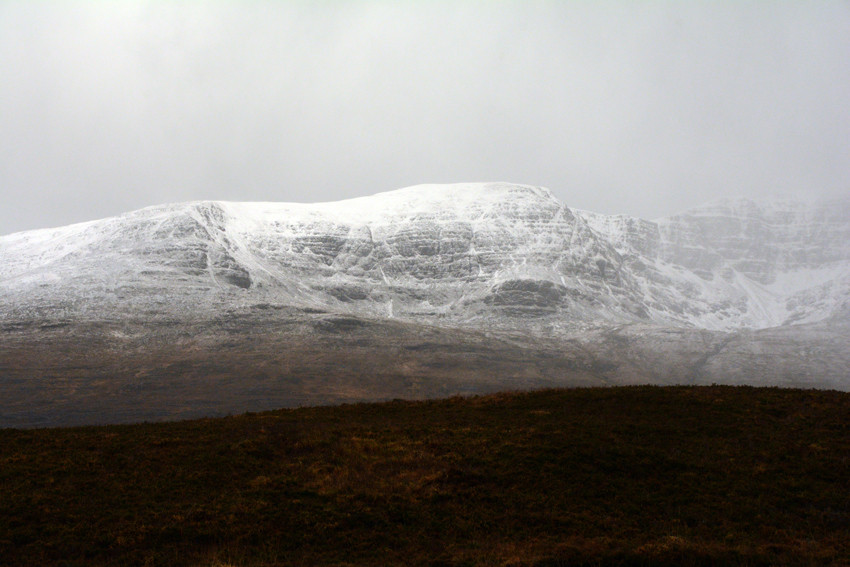 The light snowfall picking out the detail of Beinn Bhan.
