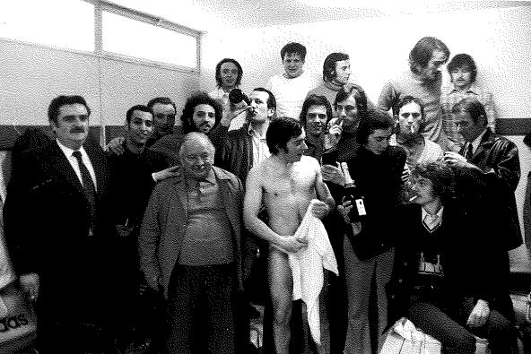 Equipe RESERVE Saison 72/73 Match du titre (Vestiaire en folie)