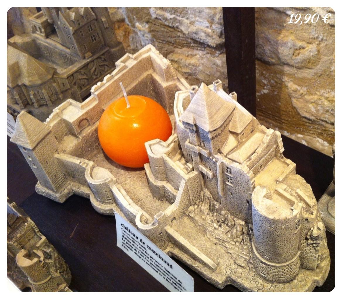 Castelnaud avec cour vue 2