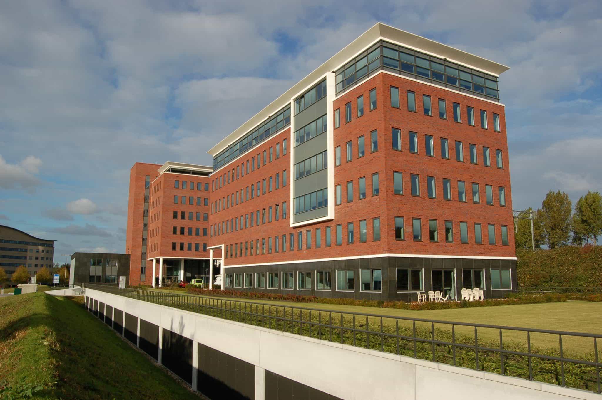 Nieuwbouw van 3 kantoren ca. 17.000 m2 BVO. Werkzaamheden: bouwkundig tekenwerk. Opdrachtgever: Hillgate Properties.