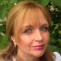 Christina Friess Schmerztherapie Beurteilung Bewertung Kundenmeinungen junge Frau mit Knochenhautentzündung