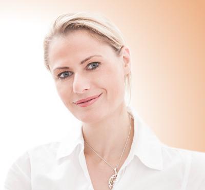 Christina Friess Stuttgart Power Plate schmerzfrei persönlich Erfahrung chronische Schmerzen