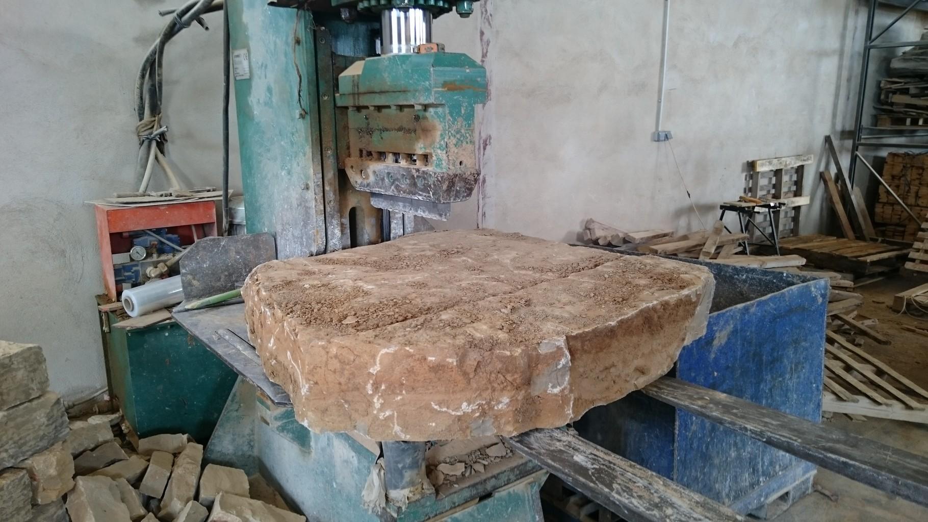 nuestra piedra natural puede utilizarse en interiores en fachadas suelos y dems fines