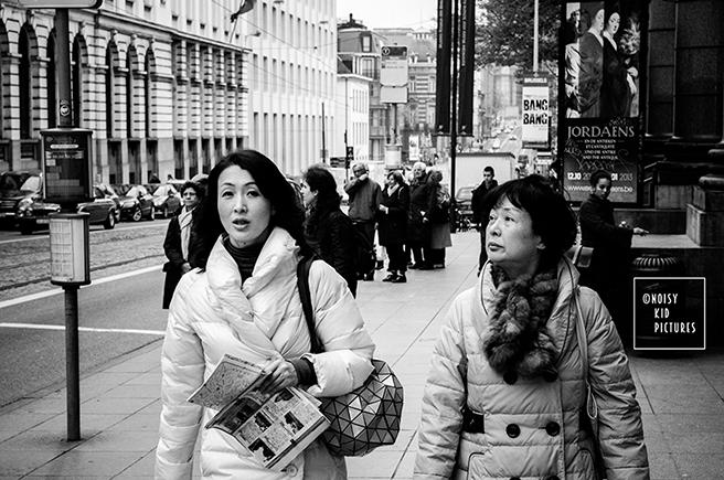 Prendre des photo en rue est une grande passion pour un photographe averti ou un professionnel militant pour les images de Bruxelles
