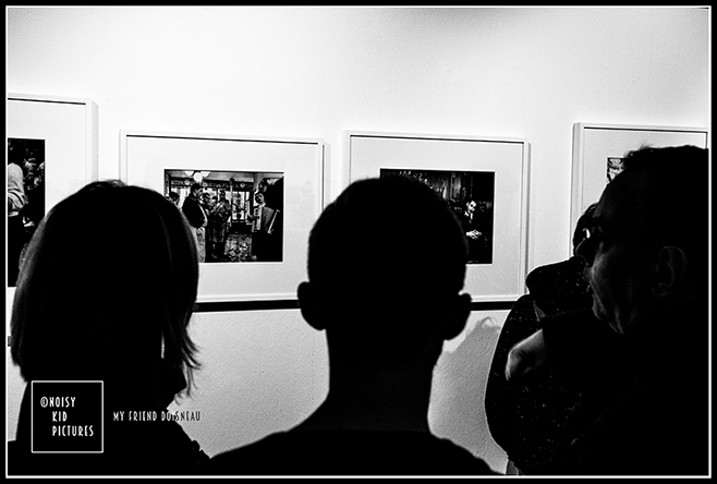 Exposition photos sur le photographe Doisneau mise en images par Noisy Kid Pictures au coeur de Bruxelles