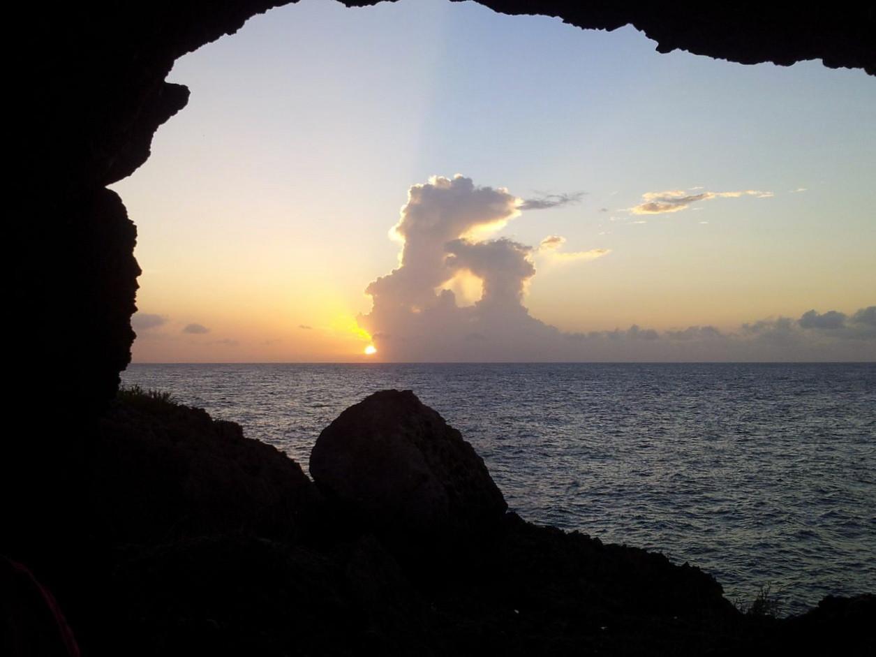 Sundown in the Cave