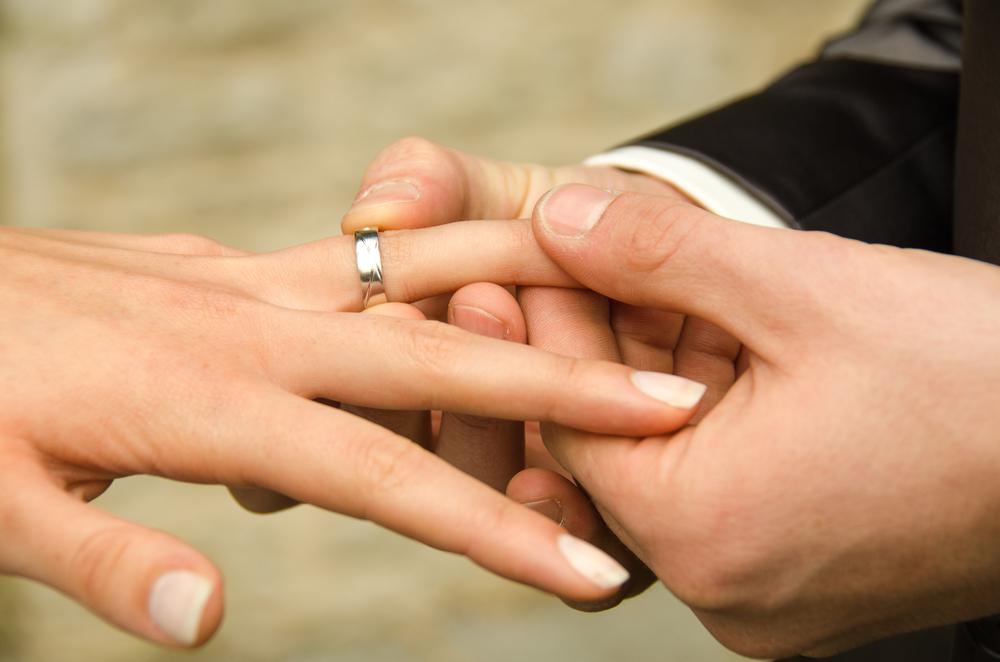 Kleine Geschichte der Eheringe