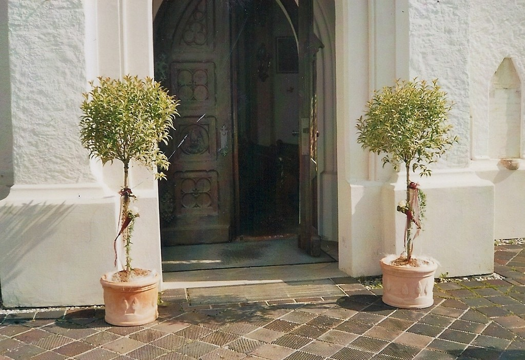 Kirchendekoration ~ Eingang