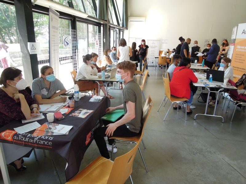 Un forum à Saint-Nazaire pour trouver un emploi ou une formation