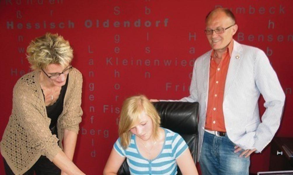 Julia Aschenbach beim Bürgermeister (Chronik)